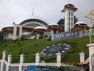 Masjid At-ta'awun puncak bogor