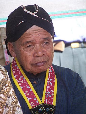 Sosok (alm) mbah Marijan - juru kunci gunung Merapi, saat masih bertugas.