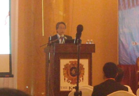 Presentasi oleh prof Mutoh.