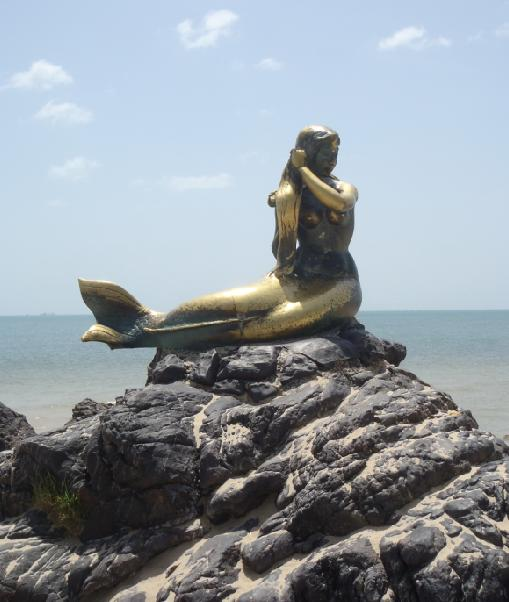 Patung putri duyung.